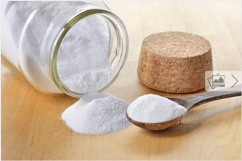Καθαρίστε τους αρμόστοκους - Μαγειρική σόδα σε μπουκαλάκι