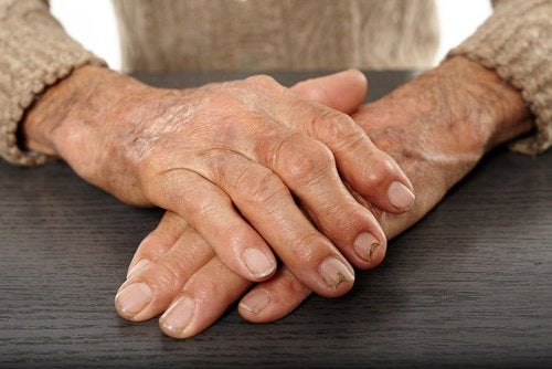 anakoufisi-apo-arthritida