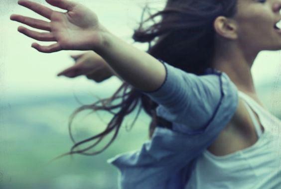 Μερικές φορές το να είστε μόνοι είναι το τίμημα της ελευθερίας
