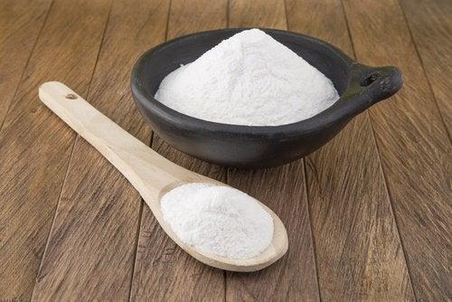 μαγειρική σόδα για να εξαλείψετε τη μούχλα
