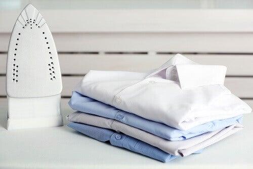 7 τρόποι να καθαρίσετε το μαυρισμένο σίδερο