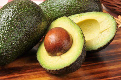 ωφέλιμα φρούτα - αβοκάντο