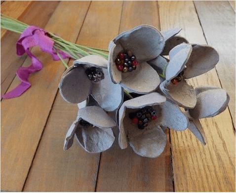 Χάρτινες αβγοθήκες - Χάρτινα λουλούδια