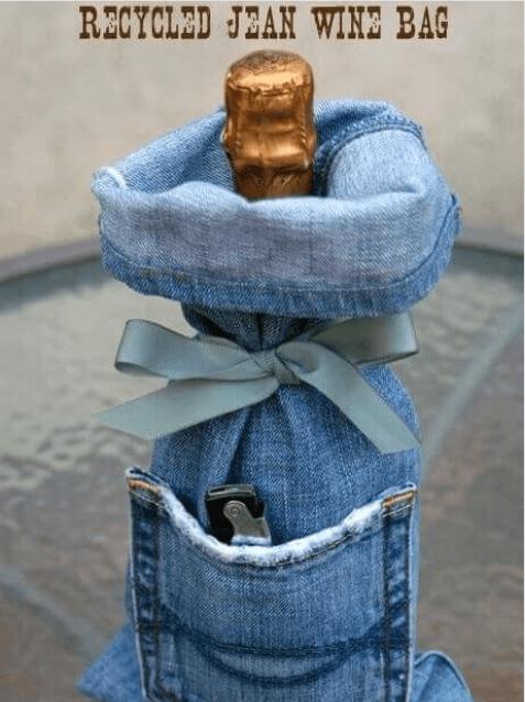 νέες χρήσεις για τα παλιά παντελόνια τζιν σας - θήκη μπουκαλιού