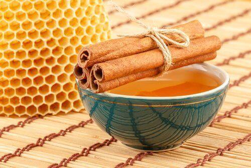 είσφρυση όνυχος, μέλι κανέλα