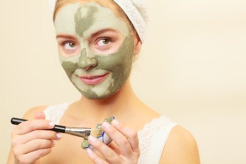 Μάσκες προσώπου για τις πανάδες στο πρόσωπο - ελαιόλαδο
