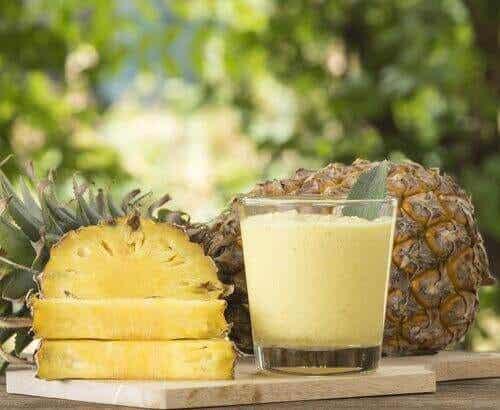 Λεπτότερη μέση με γευστικά smoothies που καίνε το λίπος