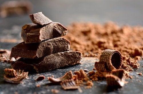 τροφές που μειώνουν το άγχος, μαύρη σοκολάτα