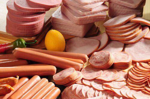 τροφές που προκαλούν σωματική οσμή - χοιρινό