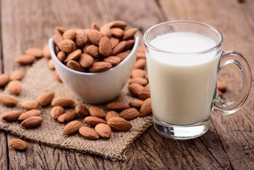 τροφές που μειώνουν το άγχος, αμύγδαλα