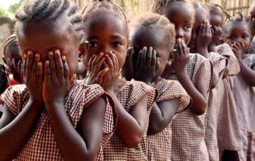 Η Νιγηρία απαγορεύει την κλειτοριδική περιτομή