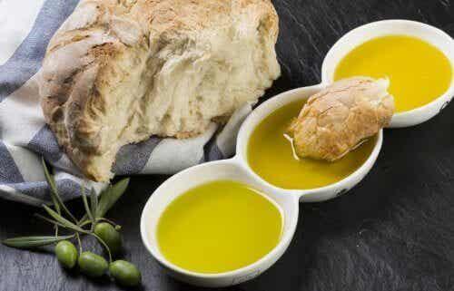 Ψωμί και ελαιόλαδο: ο τέλειος συνδυασμός