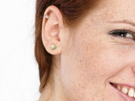 οικιακά προϊόντα για σκουλαρικια