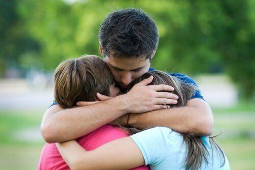 οικογενειακές σχέσεις