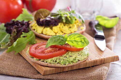 7 τροφές με αρνητικές θερμίδες