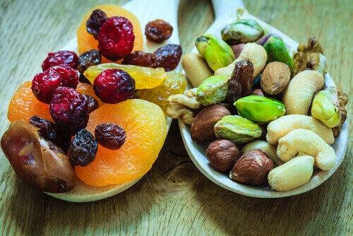 Θα σας κάνουν τα αποξηραμένα φρούτα να πάρετε βάρος;