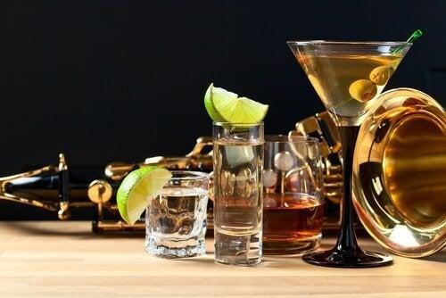 ποτά και κοκτέηλ
