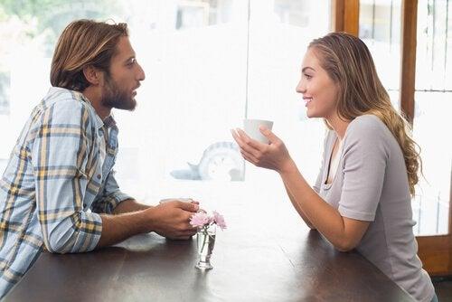 8 πράγματα που πρέπει να γνωρίζει ένα ζευγάρι για την αγάπη