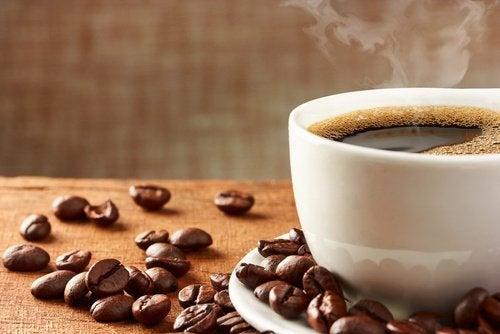 6 τρόποι με τους οποίους ο καφές προλαμβάνει ασθένειες