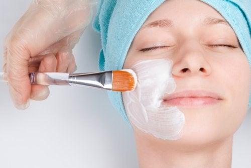 7 τρόποι για μια ωραία εμφάνιση χωρίς μακιγιάζ
