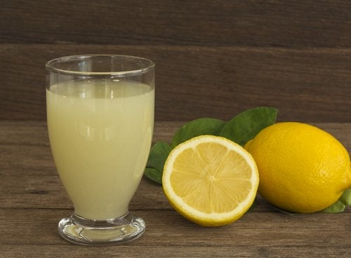 Καλύτερο ύπνο - Χυμός λεμόνι και λεμόνια