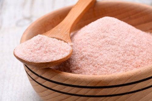 Διαφορές μεταξύ επιτραπέζιου αλατιού και ροζ αλατιού Ιμαλαΐων