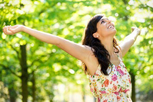 χαμόγελο και αγκαλιά κάνουν καλό στο ανοσοποιητικό σας σύστημα