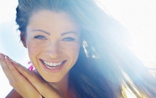 3 συναισθήματα που πρέπει να αποφεύγετε για να είστε ευτυχισμένοι