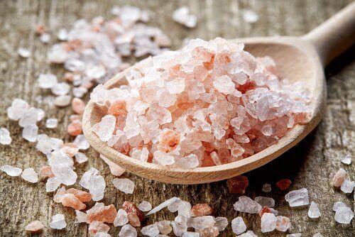 Δώστε τέλος στις ημικρανίες με ροζ αλάτι Ιμαλαΐων