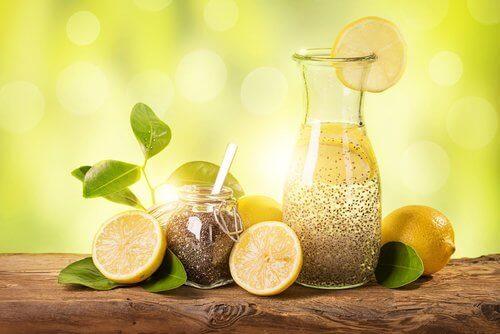 Απώλεια βάρους με λεμόνι, τζίντζερ και σπόρους chia