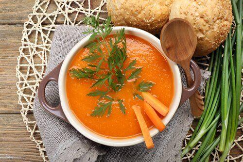 καρότο, βιταμίνες για τη νόσο του Crohn