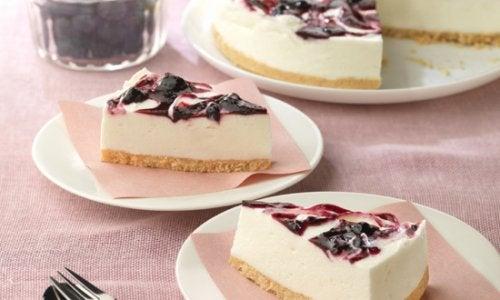 Πώς να φτιάξετε ένα cheesecake με μύρτιλα. Είναι τέλειο