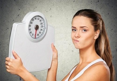 8 λόγοι που δεν μπορείτε να χάσετε βάρος