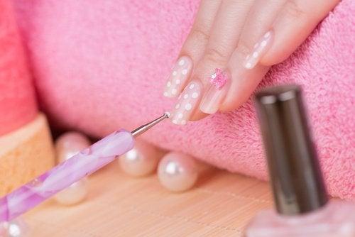 χημικά στα ακρυλικά νύχια-