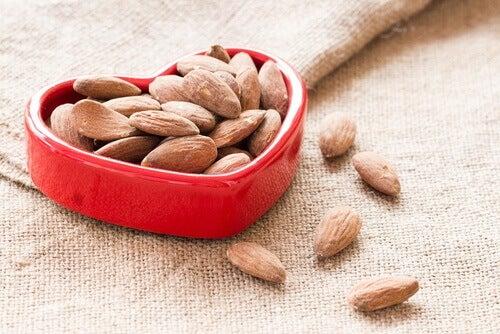 καρδιακή λειτουργία και ξηροί καρποί