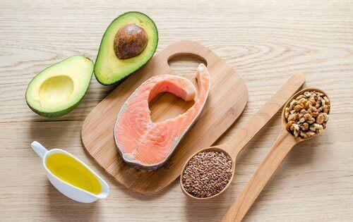 Αποτοξινωτική δίαιτα - αβοκάντο, σολoμός, ελαιολαδο