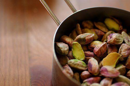απλές τροφές Φιστίκια Αιγίνης