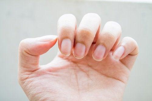 Νύχια χεριών- εντερικά προβλήματα