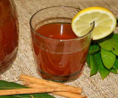 Ρόφημα με κανέλα - Τσάι και φέτα λεμονιού