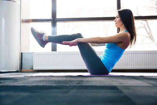 Κάψετε το κοιλιακό λίπος  - γυμναστική