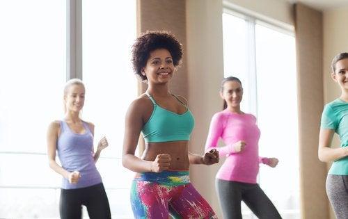 Γυναίκες που χορεύουν ζούμπα, ωφέλειες της ζούμπα