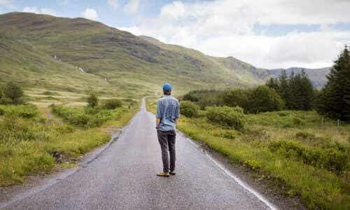 Στρατηγικές για να βρείτε τον δρόμο σας στη ζωή, όταν νιώθετε χαμένοι