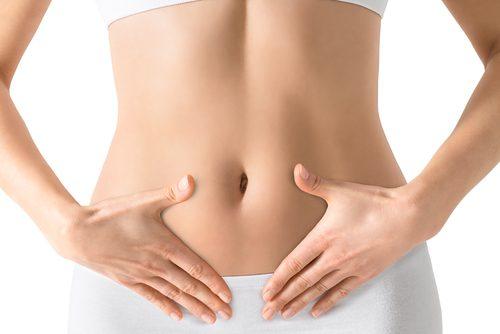 9 συμβουλές για να μειώσετε το φούσκωμα στην κοιλιά σας