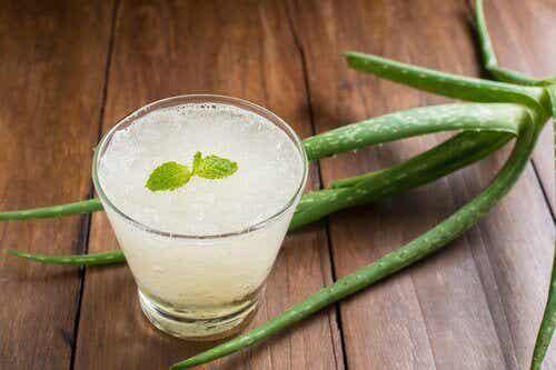 8 λόγοι για να πίνετε χυμό με αλόη βέρα