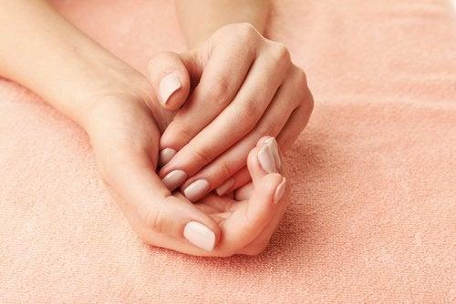 βελούδινα χέρια