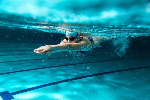 πισίνα φυσικές θεραπείες για κατακράτηση υγρών