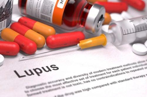 Τι πρέπει να γνωρίζετε για τον ερυθηματώδη λύκο - Χάπια και ένεση