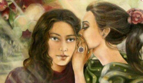 Κρατάτε μυστικά - Γυναίκα ψιθυρίζει στη φίλη της