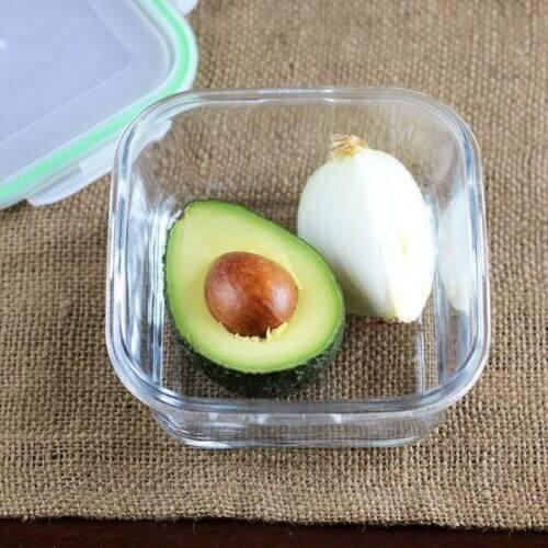 αβοκάντο για να διατηρήσετε τα τρόφιμα φρέσκα