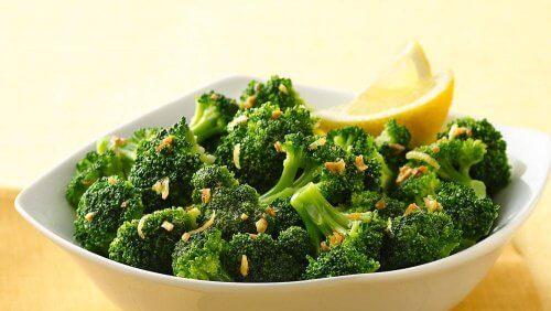 7 συνδυασμοί αλκαλικών τροφών που μπορείτε να φάτε κάθε μέρα